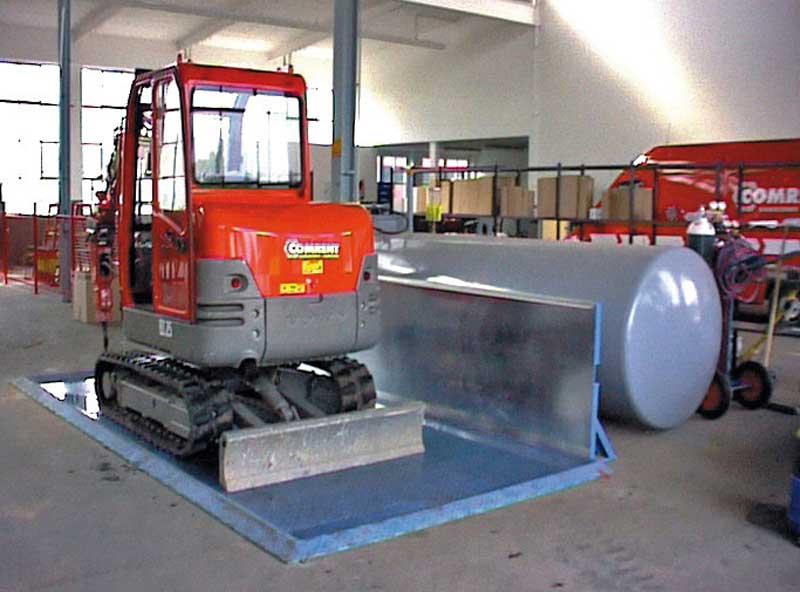 Diesel-Abfüllstelle Typ TAW (mit Anfahrschutz, Zubehör)